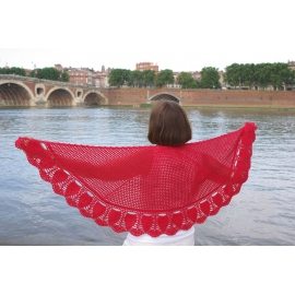 Lune rouge - crochet shawl
