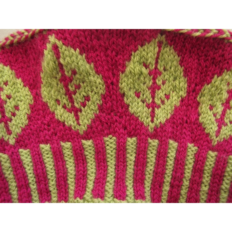 Knitting Pattern For Poppies : Pop Poppies - hat in stranded knitting - Annette Petavy Design