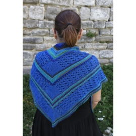 Geometry in blue - knitted shawl