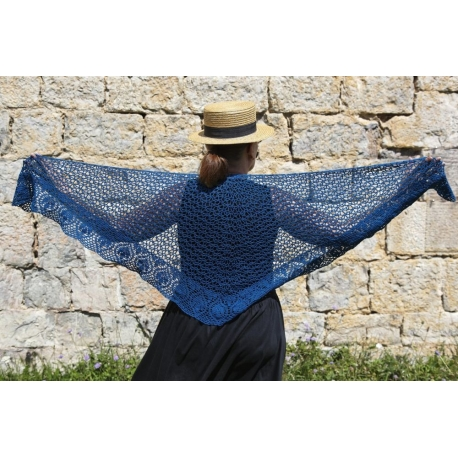 Blue Leaves - crochet shawl