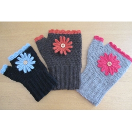 Naadam - crocheted fingerless mittens