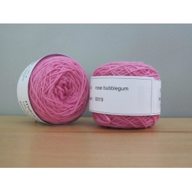 Merino fingering weight Colour-Fingering weight merino - bubblegum pink