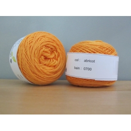 Merino fingering weight Colour-Fingering weight merino - apricot
