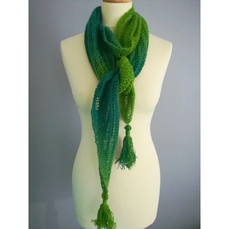 Vera - knitted scarf