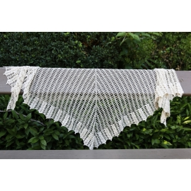 Candide - crochet shawl