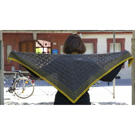 Tribute to Elizabeth Zimmermann - knitted shawl