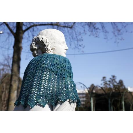 Victoria - crochet shawl