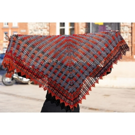 Colour beams - crochet shawl