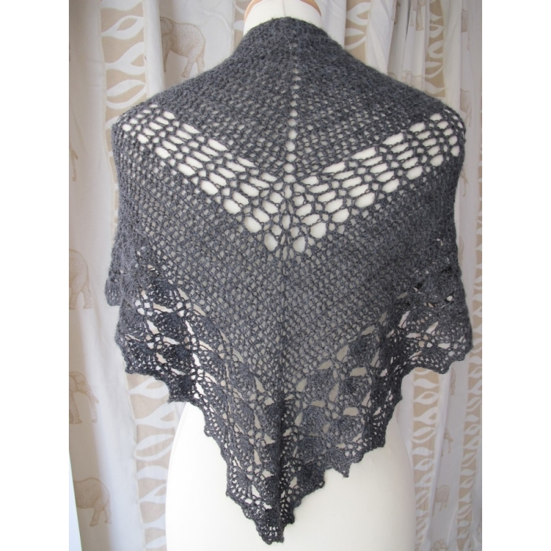 Crochet Pattern For Summer Shawl : Summer Breeze - crochet shawl - Annette Petavy Design